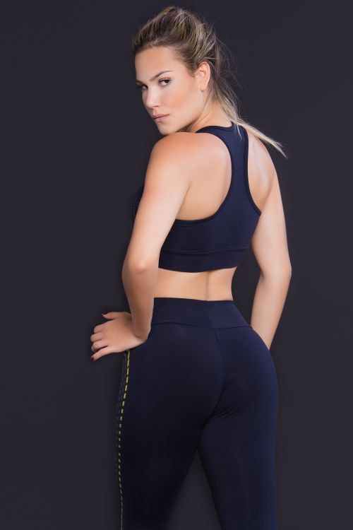 Top Fitness Feminino Preto Square