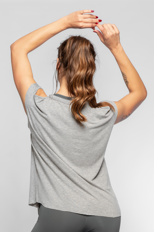 5d36597a68 ... Blusa Fitness Feminina Cinza Woman Power. Favorito. Favorito. 1