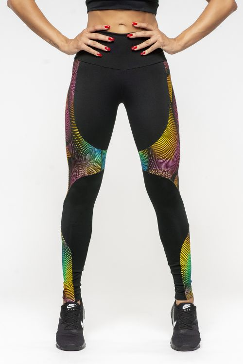 fa4a286be Calça Legging Feminina com recortes Dyefit